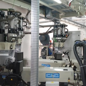 Gravimetric batch blender GRADO ADROIT for blown film extrusion line